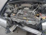 Автомобиль Subaru Forester после ДТП вид под капотом